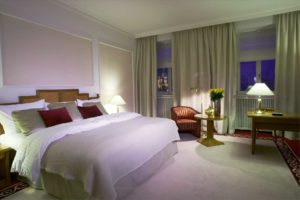 top-tips-for-quite-hotel-room-unravelling-travel